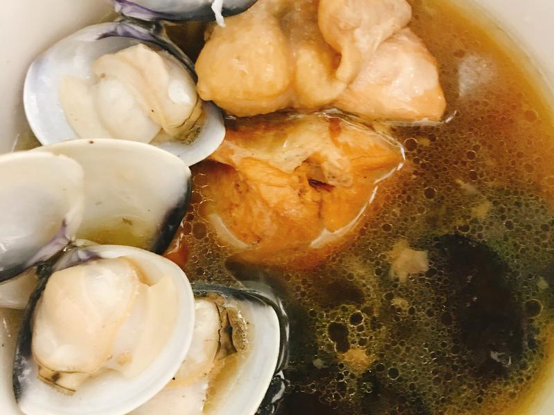 陳年老菜脯蛤蠣雞湯
