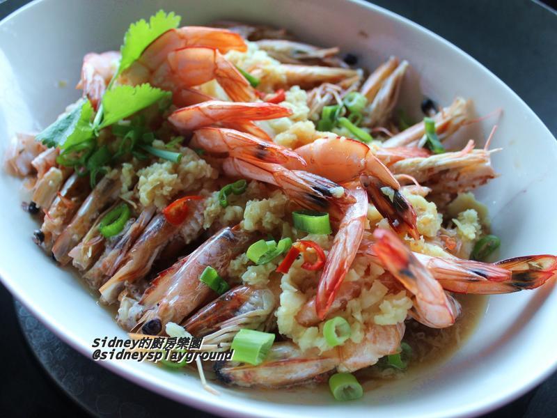 蒜泥豆腐蒸蝦