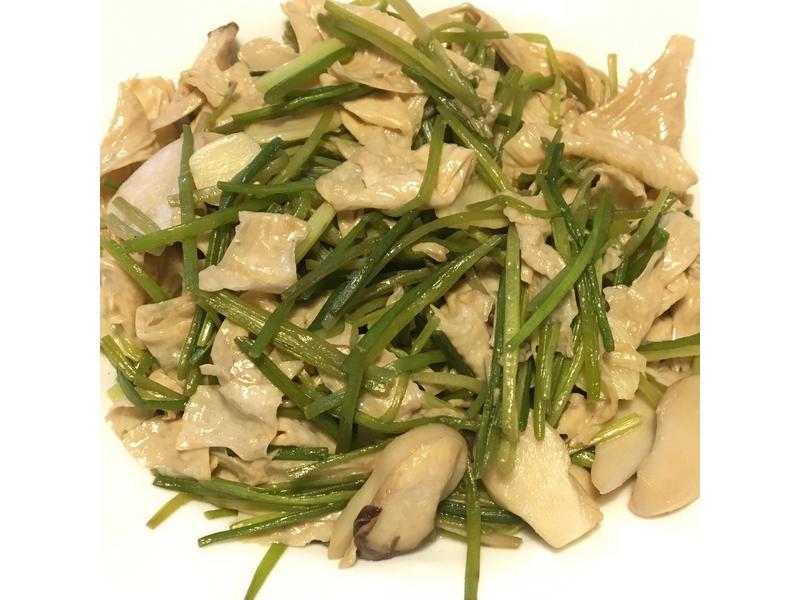 水蓮炒腐皮