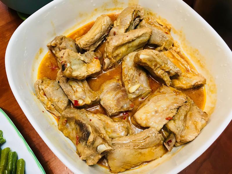 重口味大口吃肉:辣辣蒜香豬肋排