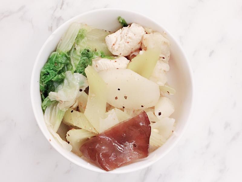 超簡單低卡清冰箱料理~鹹水雞