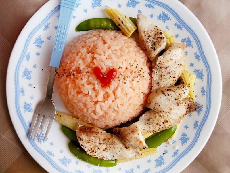 蔬香魚片佐茄醬飯