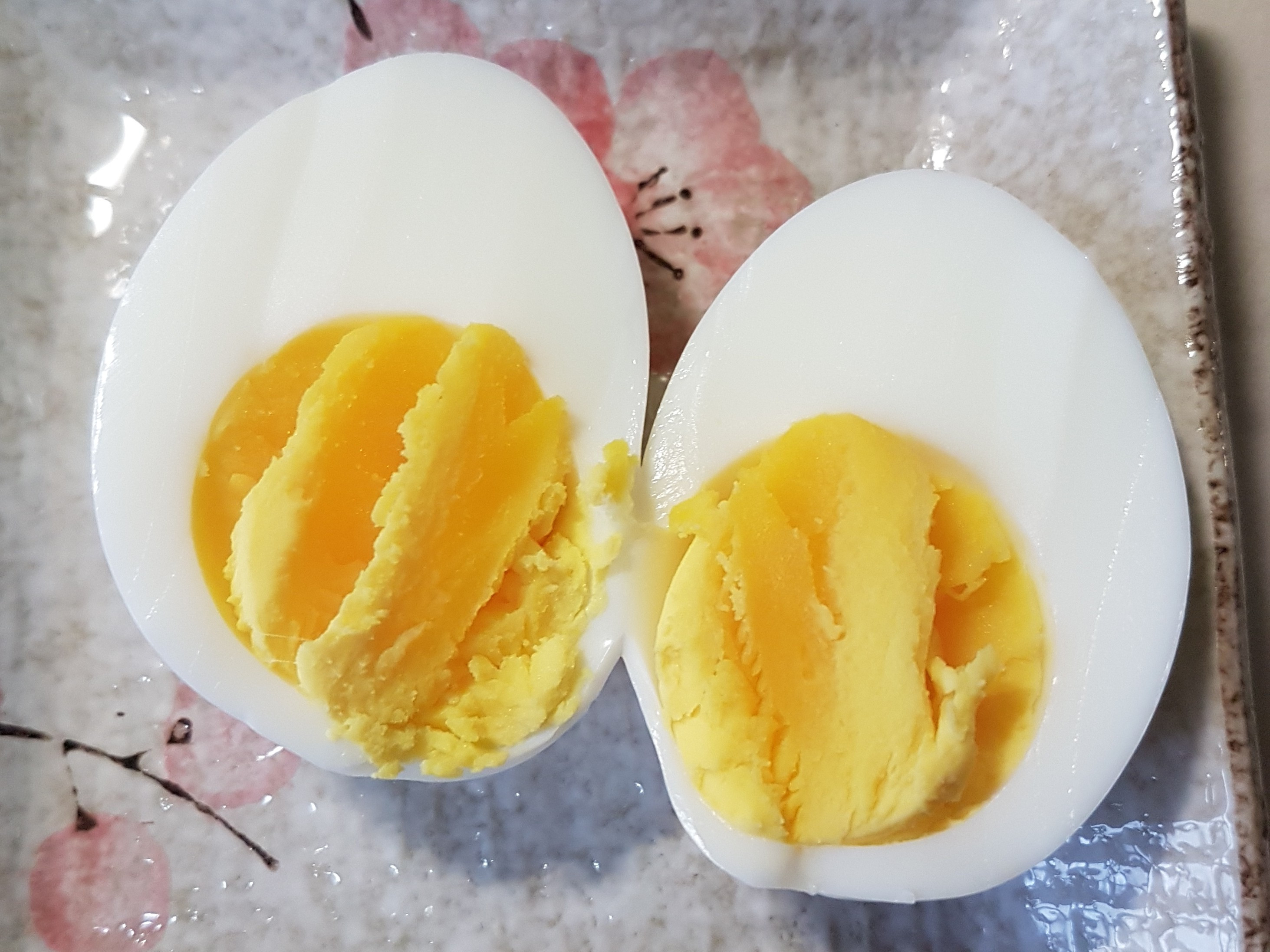 電鍋白煮蛋