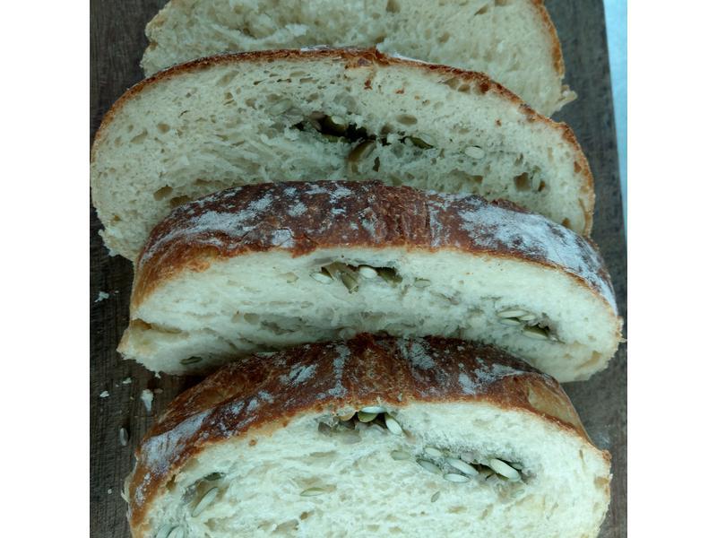 南瓜子歐式麵包