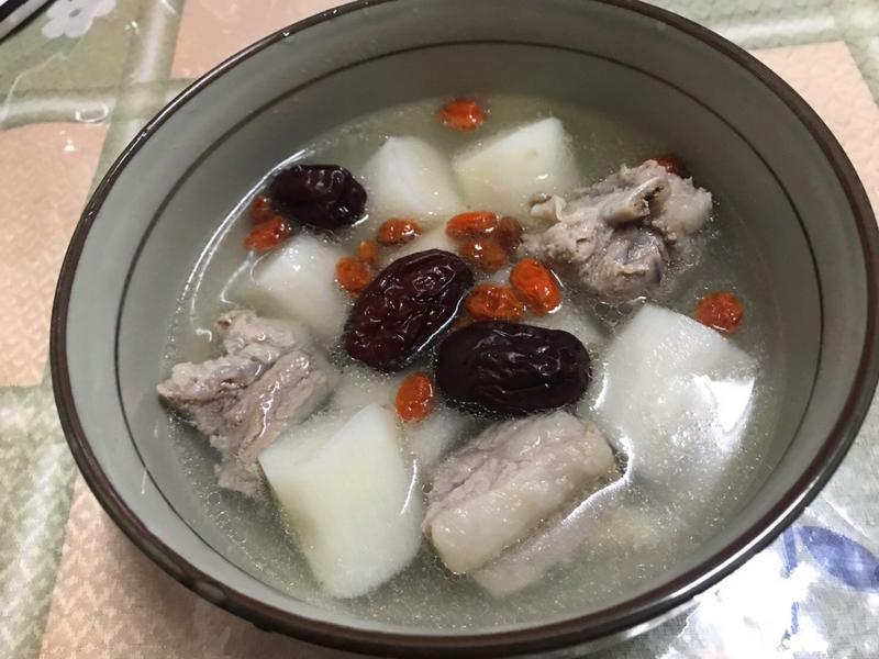 山藥排骨湯~簡易又美味