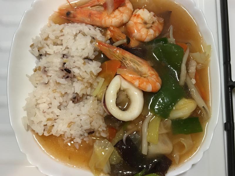 鮮蝦墨魚燴飯