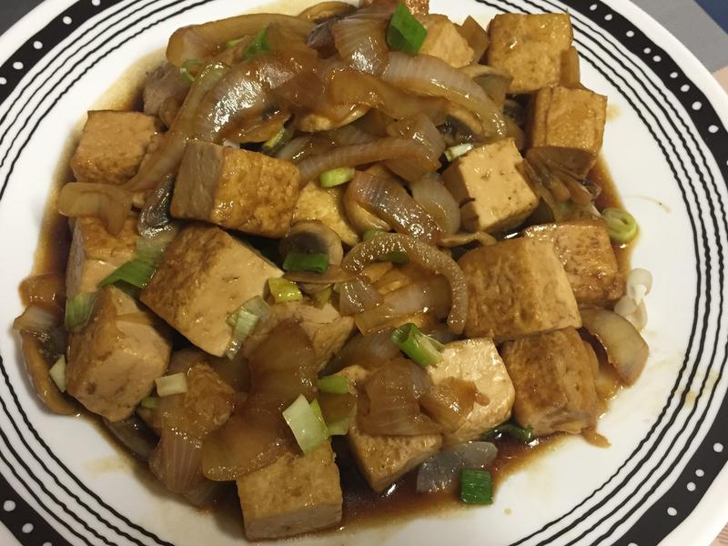 醬燒洋蔥豆腐