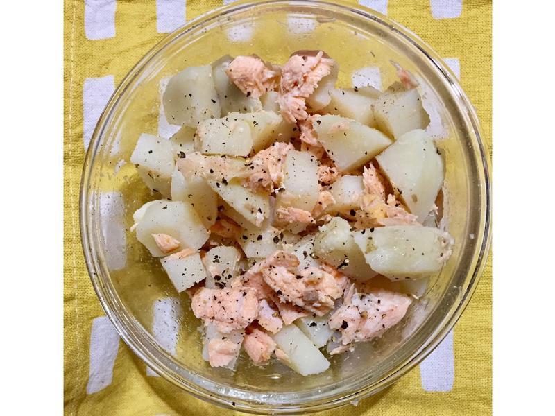 增肌減脂便當-鮭魚馬鈴薯沙拉