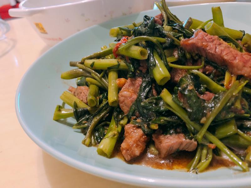 沙茶牛小排空心菜