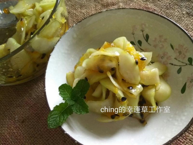 夏日小菜同樂會─涼拌百香青木瓜