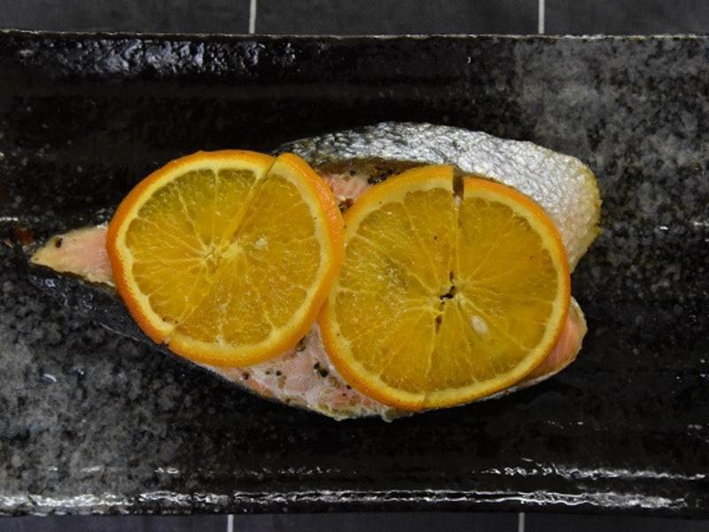 美味烤肉:薄鹽鮭魚簡易料理
