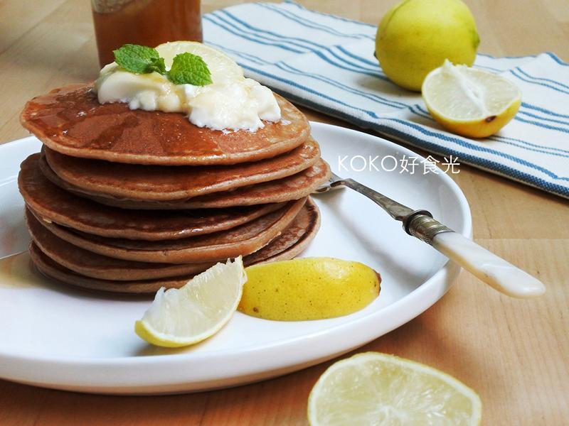 檸檬蜂蜜優格鬆餅早餐