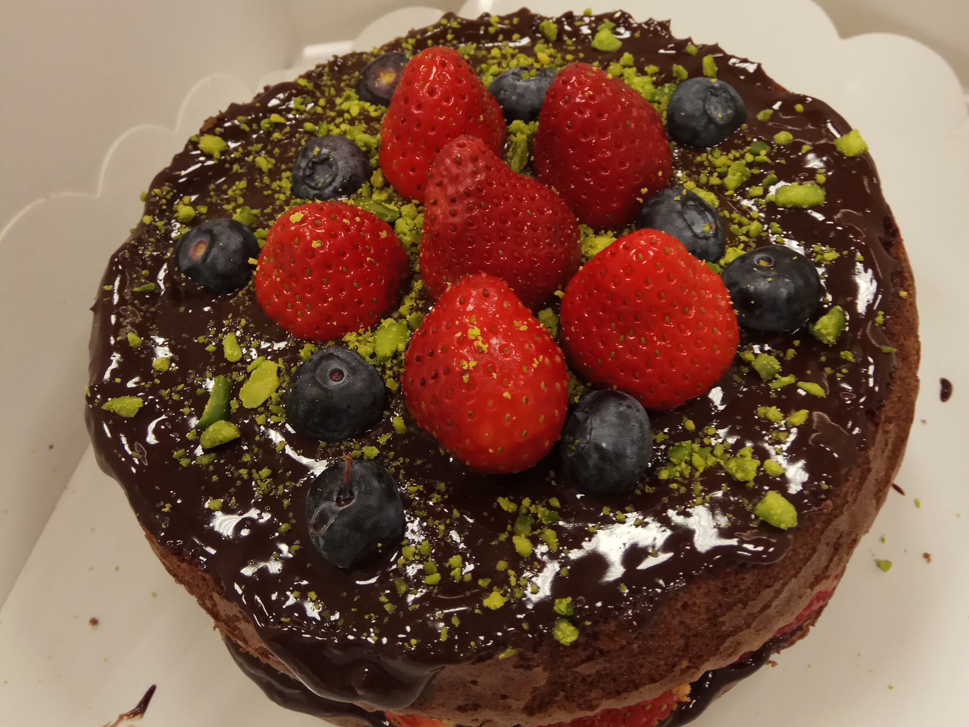 巧克力夾餡蛋糕