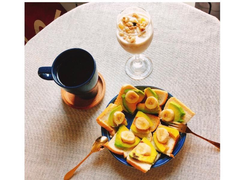 健康早餐-酪梨香蕉吐司/燕麥優格