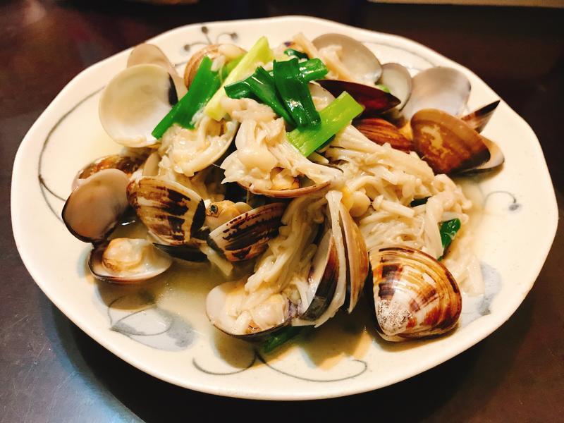 蔥爆金針菇蛤蜊