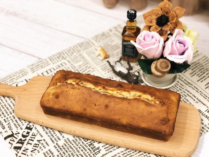 懶人烘焙《香蕉核桃磅蛋糕》