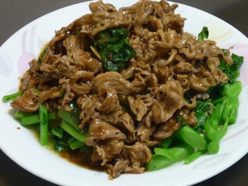 (趁熱品嚐)快炒芥蘭牛肉