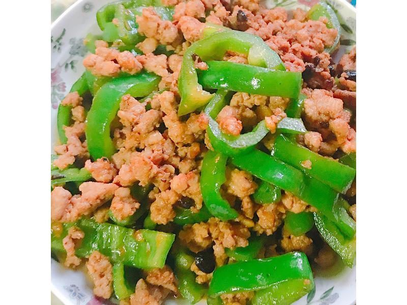 青椒炒肉絲(變肉燥