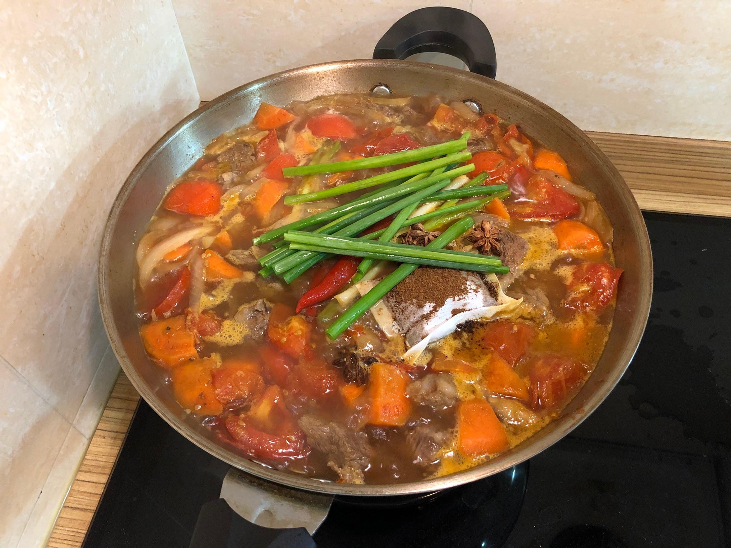 西班牙番茄紅燒燉牛肉