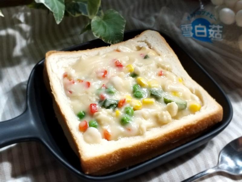 白醬菇菇濃湯吐司盒【 好菇道親子食光】
