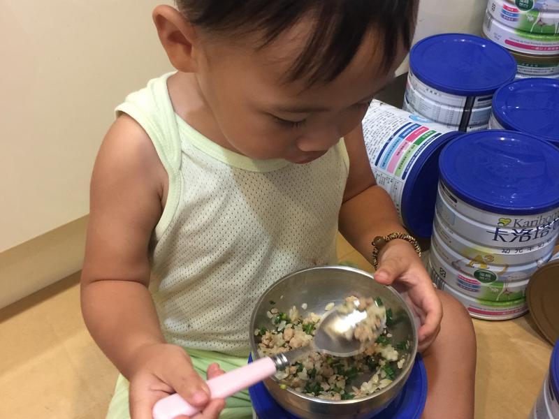 韭菜花炒絞肉(蒼蠅頭