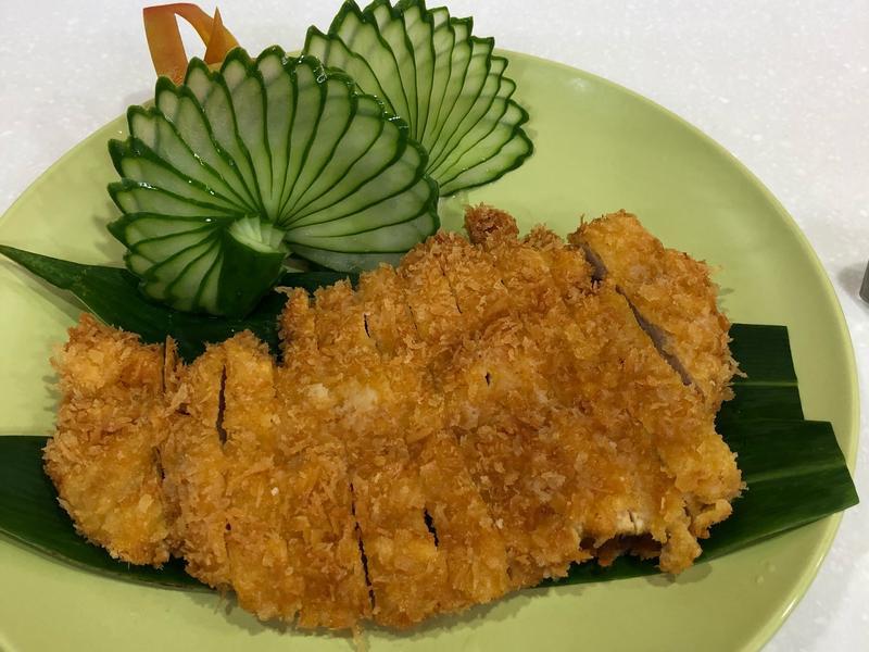 日式炸豬排及醃醬及沾醬