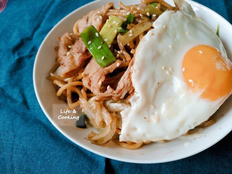 【一個人的廚房】日式炒麵
