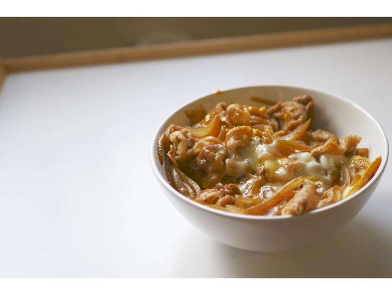 美味簡單又快速的日式豬肉丼