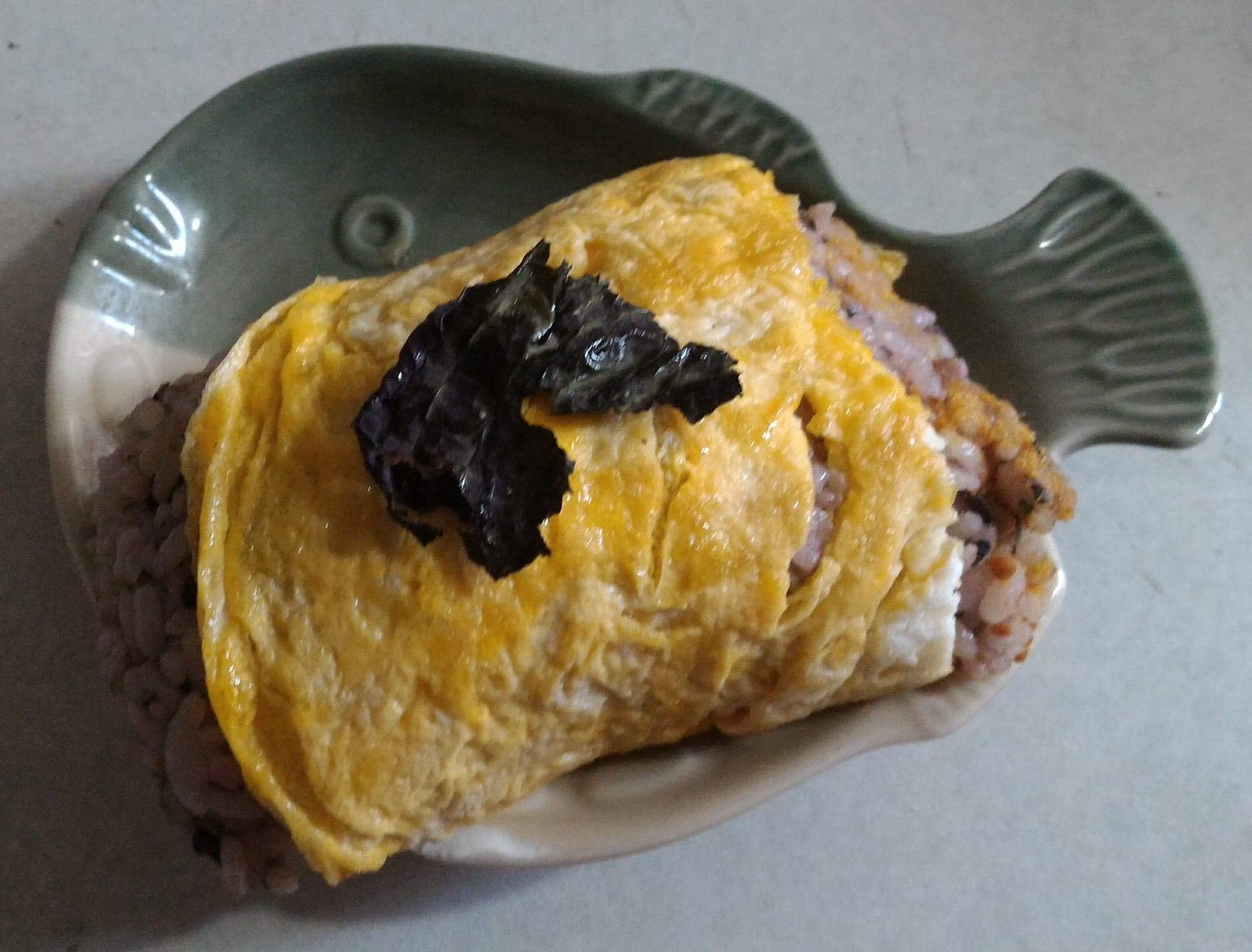 紫蘇鮭魚飯糰