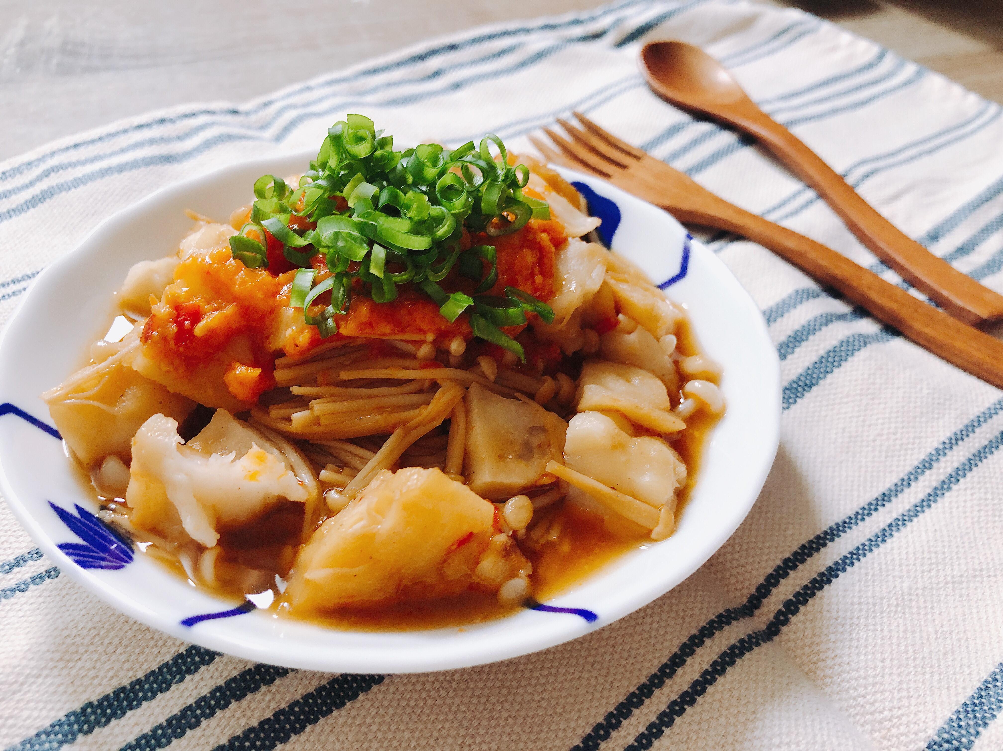 快煮鍋料理~辣醬蒸金針菇花枝丸