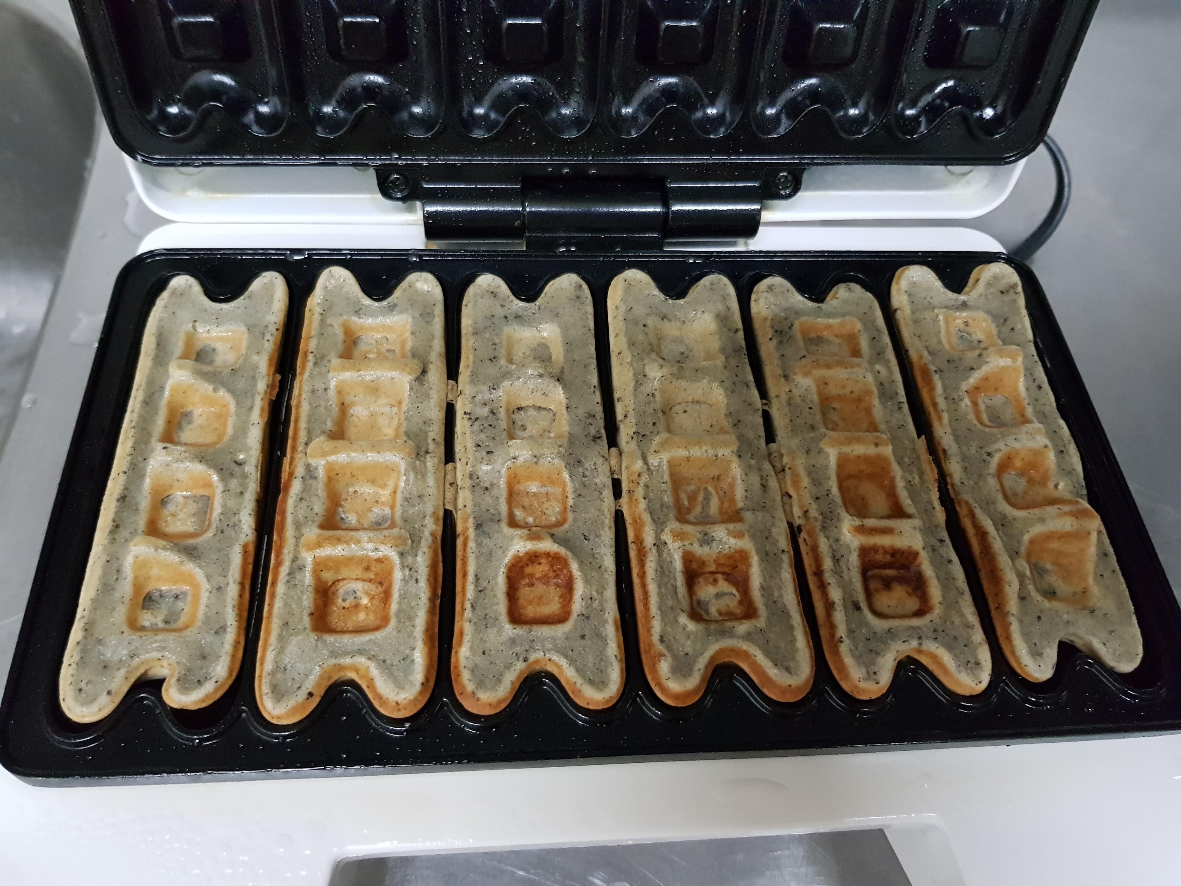 親子手作:黑芝麻補鈣鬆餅(鬆餅機)