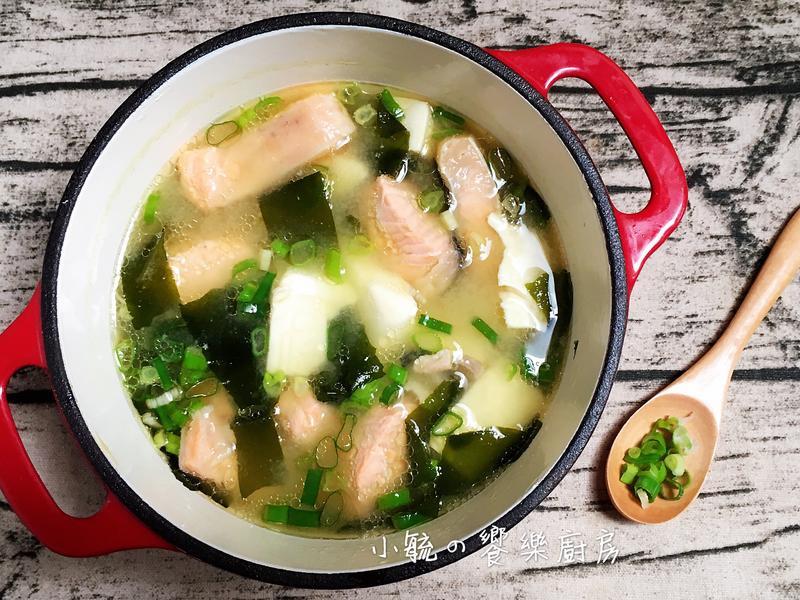🐟鮭魚豆腐味噌湯