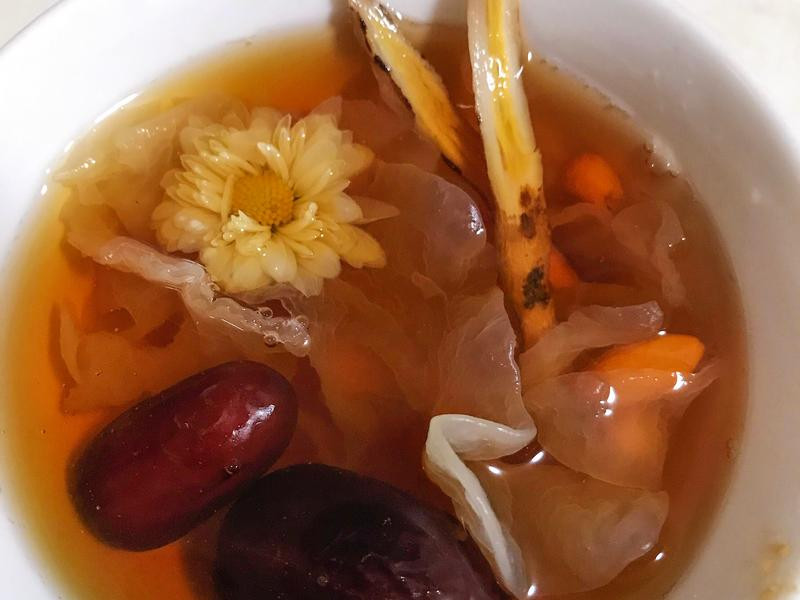 紅棗枸杞菊花甜湯/ 養生茶