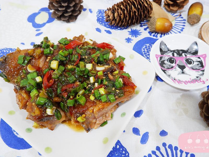 【中式】一鍋到底!超下飯辣味蔥燒雞腿排