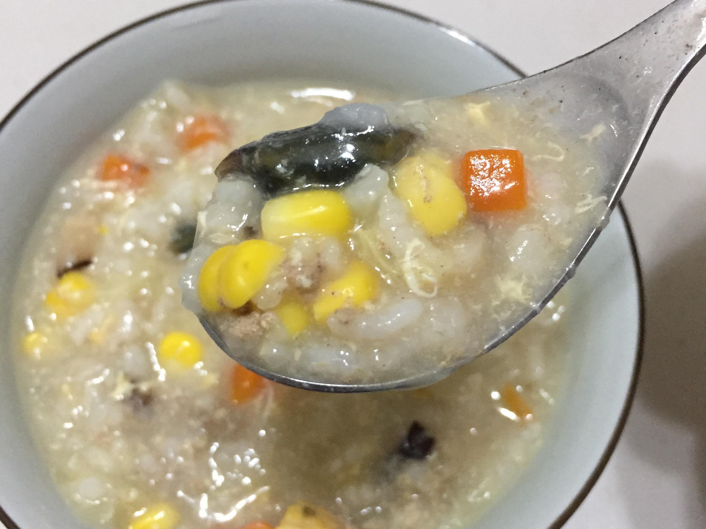 皮蛋菜菜粥[蛋奶素]