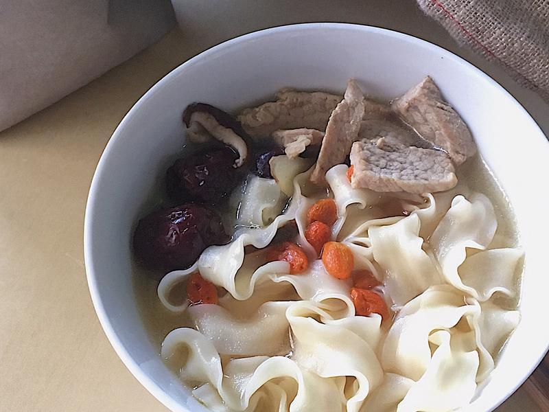 麻油霜降豬肉麵(麵線)