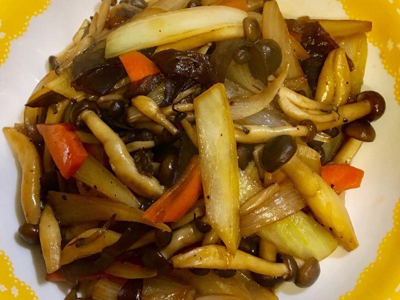 洋蔥鴻禧菇