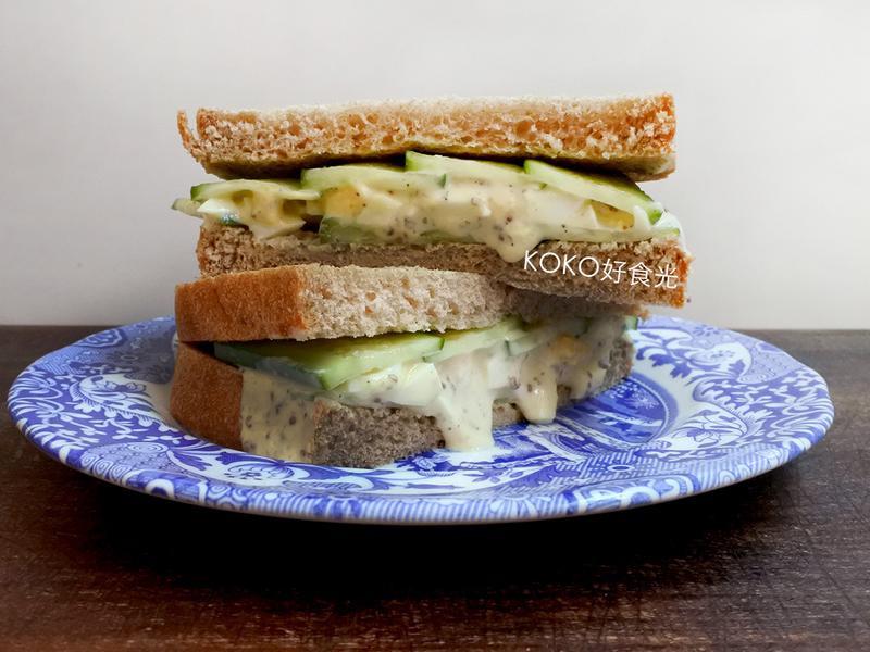 蜂蜜芥末蛋沙拉黃瓜三明治早餐