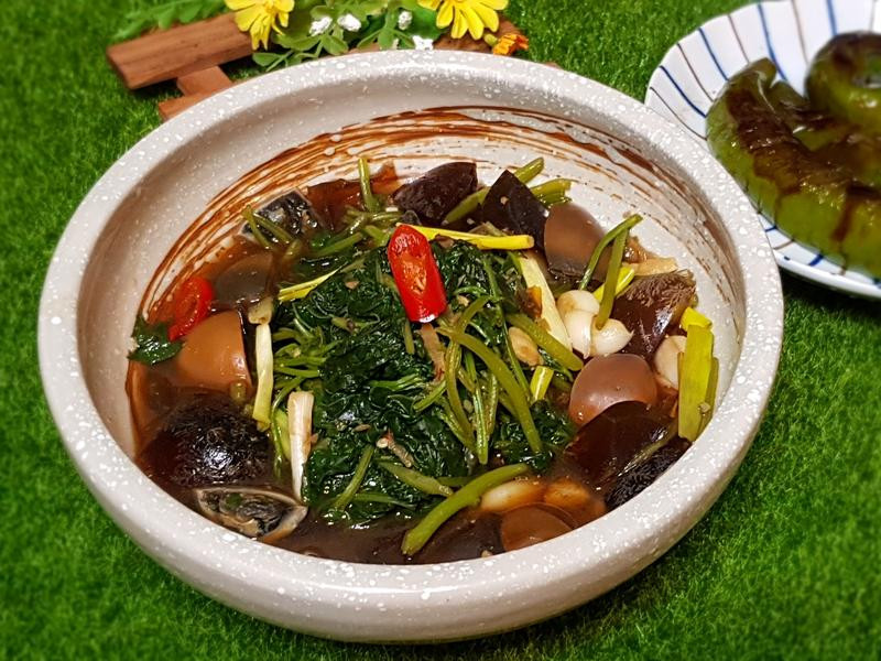 皮蛋地瓜葉(照燒醬簡易版)