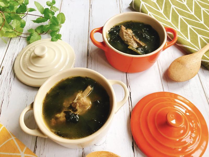 韓式海帶芽排骨湯-手繪食譜