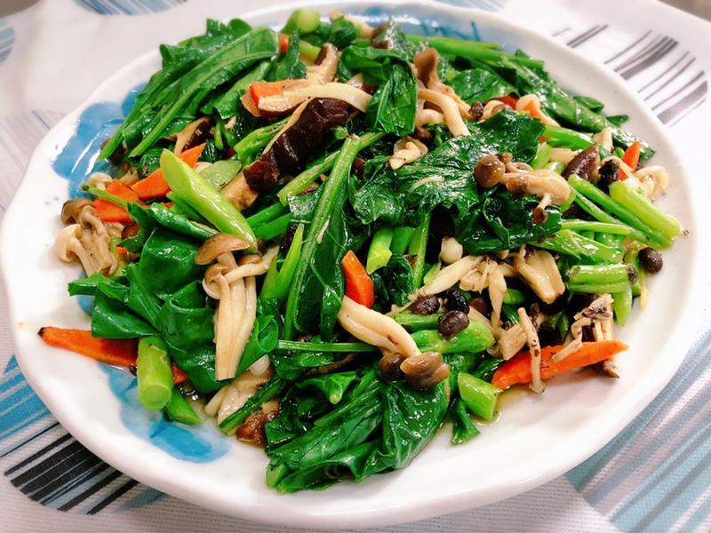 菌菇炒芥藍菜(水波爐料理)