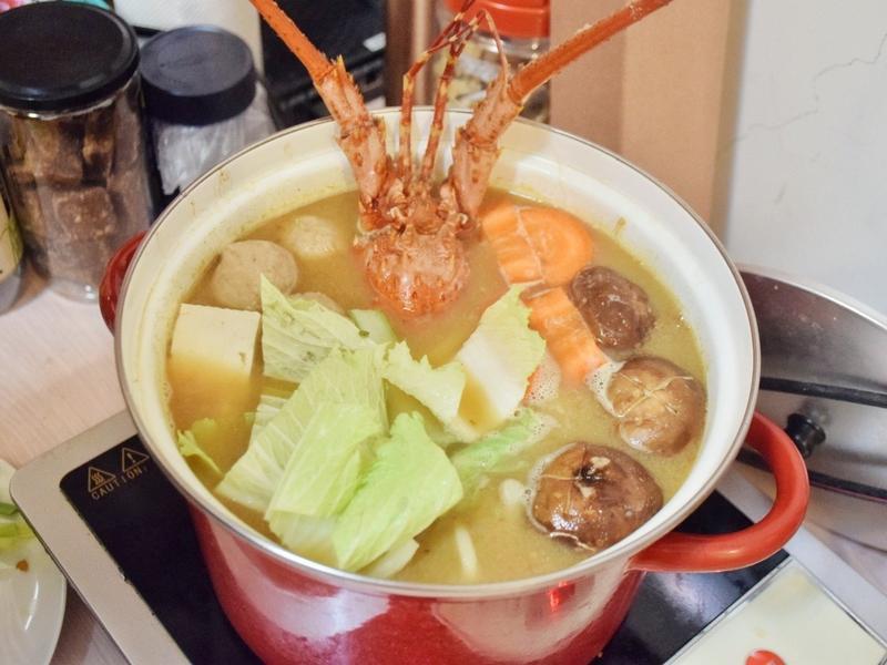 龍蝦味噌相撲火鍋