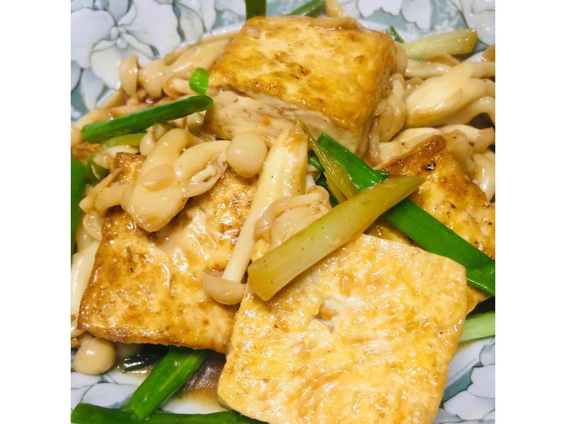 豆腐燒鮮菇