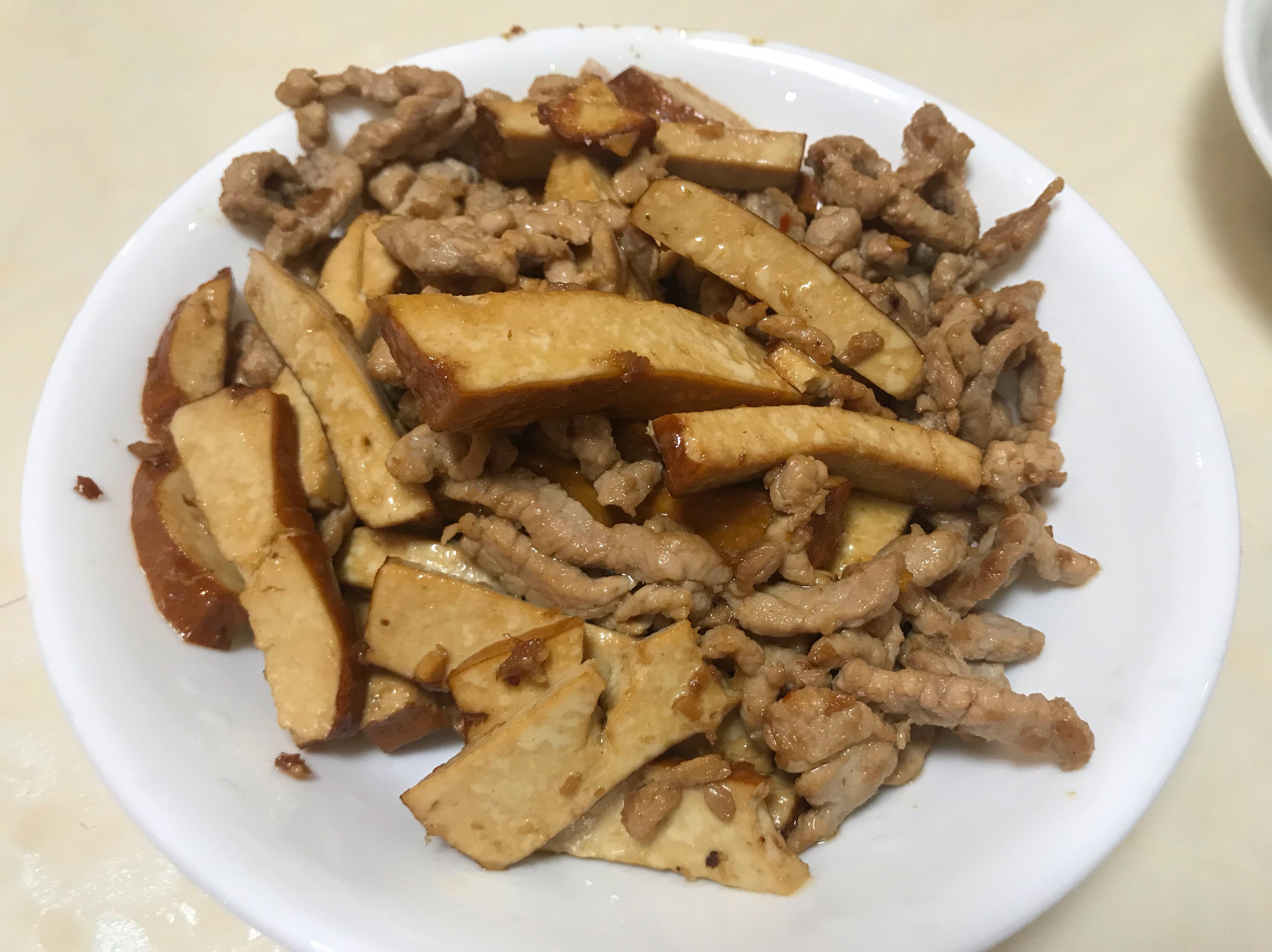 豆乾炒肉絲