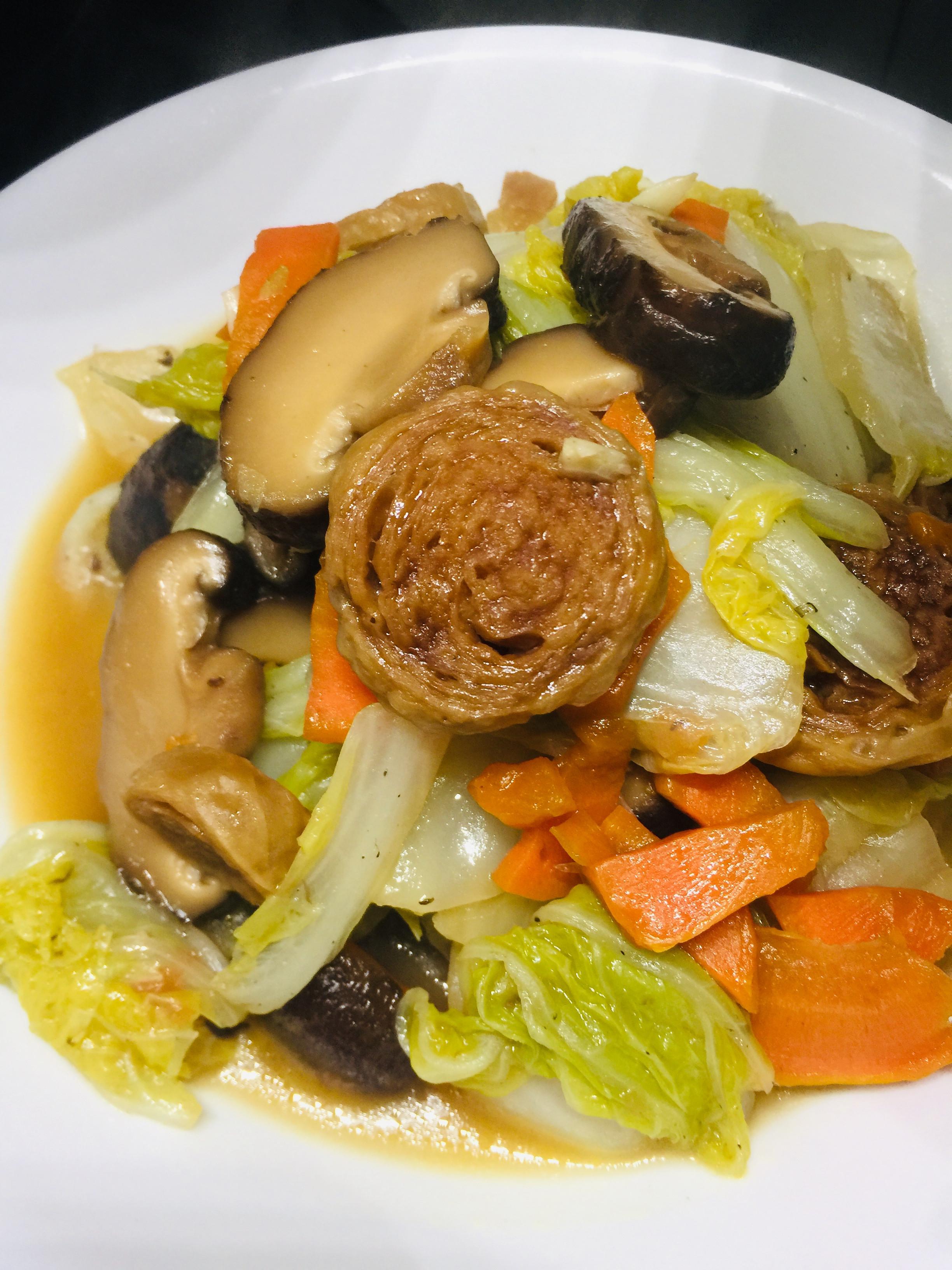 白菜燒豆輪(素食可)