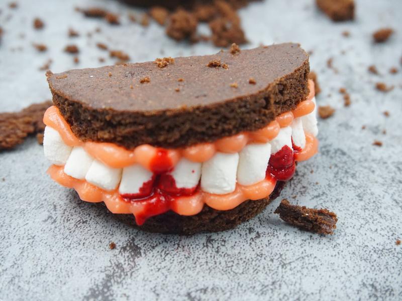 【Halloween】吸血鬼牙齒布朗尼