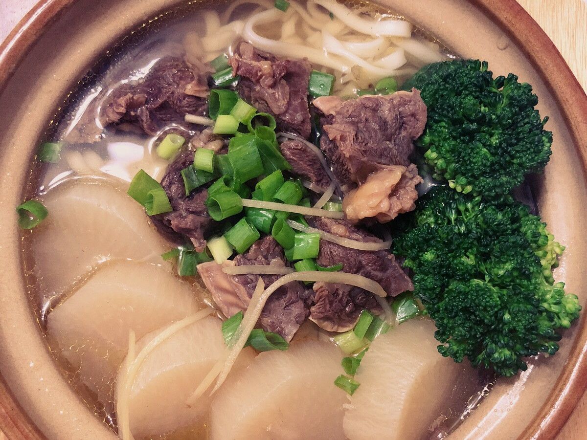 清燉白玉牛肉湯