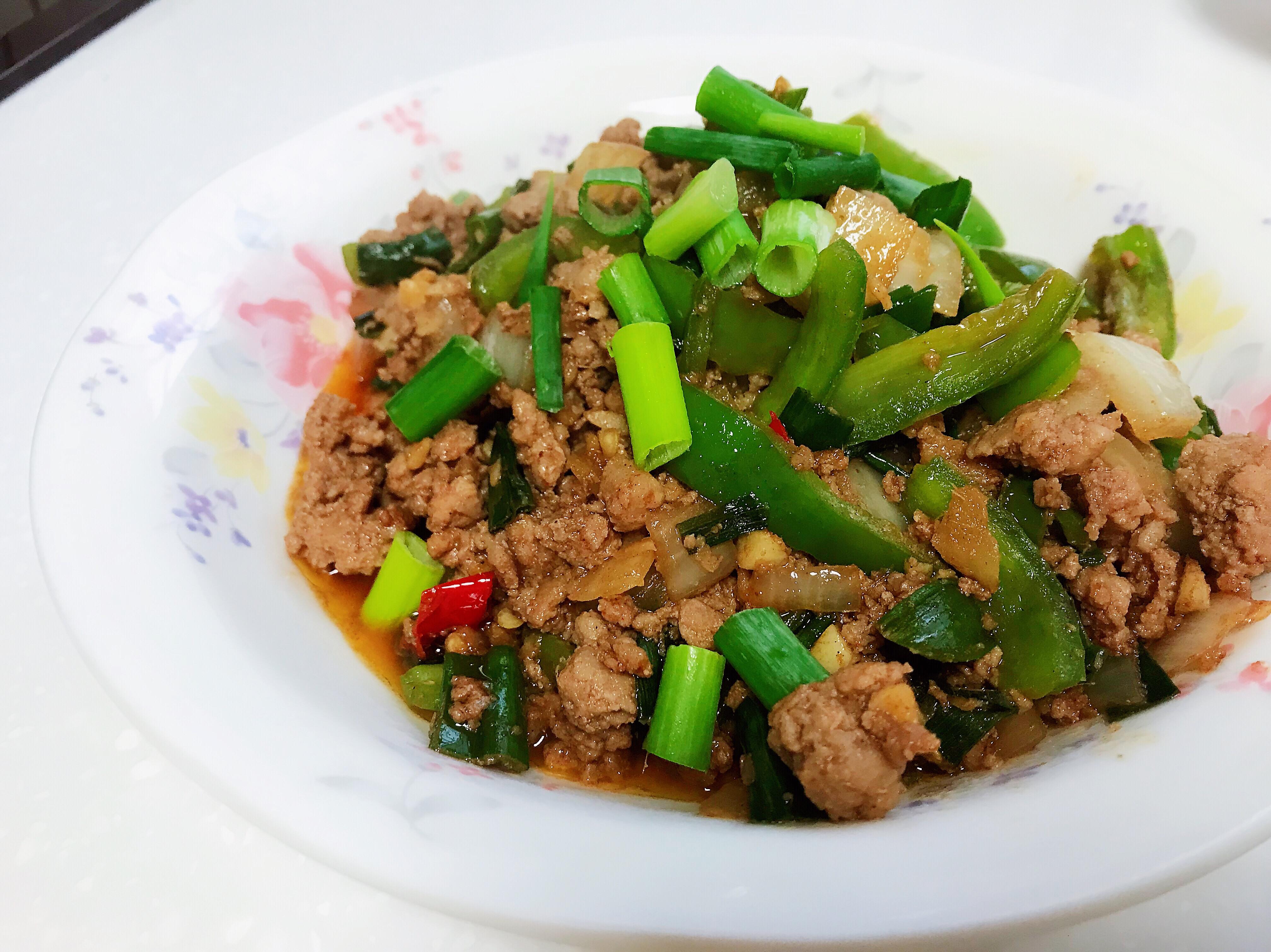 青椒炒肉末