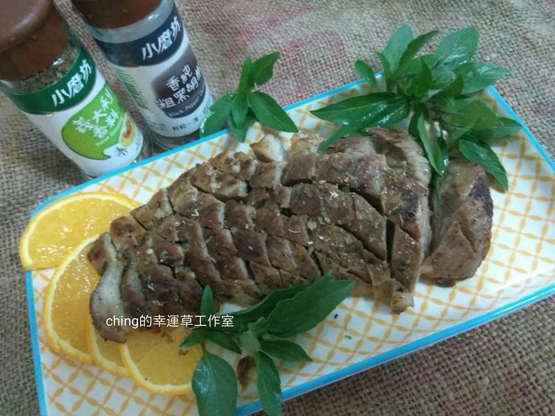 異國風味料理─香草橙汁乾煎二緣肉