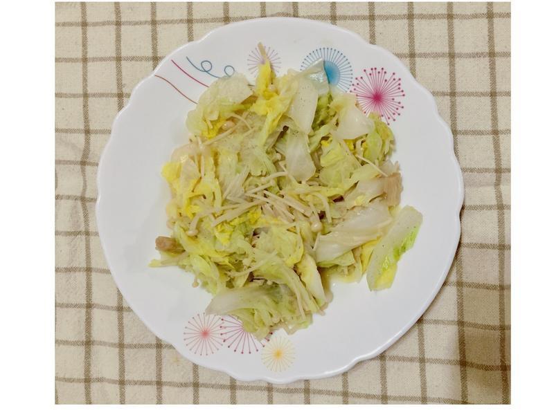 增肌減脂便當-白菜炒金針菇